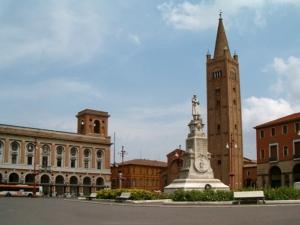 noleggio-macchine-edili-a-Forlì-Cesena